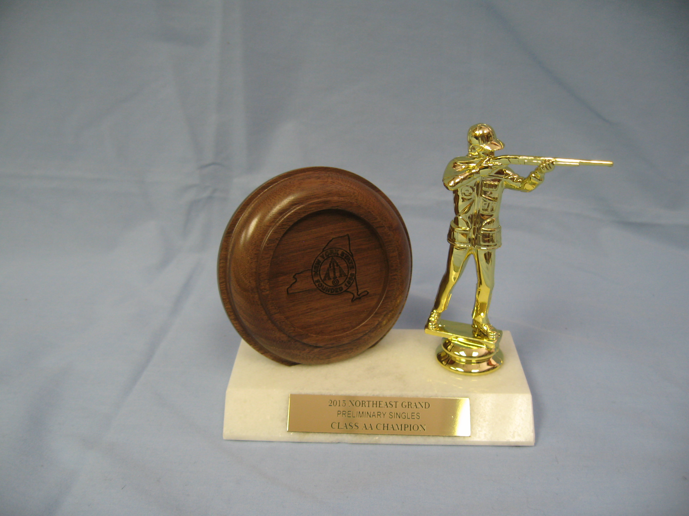 Crown Awards Trap Shooter Trophies with Custom Engraving 7.25 Personalized Male Trap Shooting Trophy On Deluxe Round Base